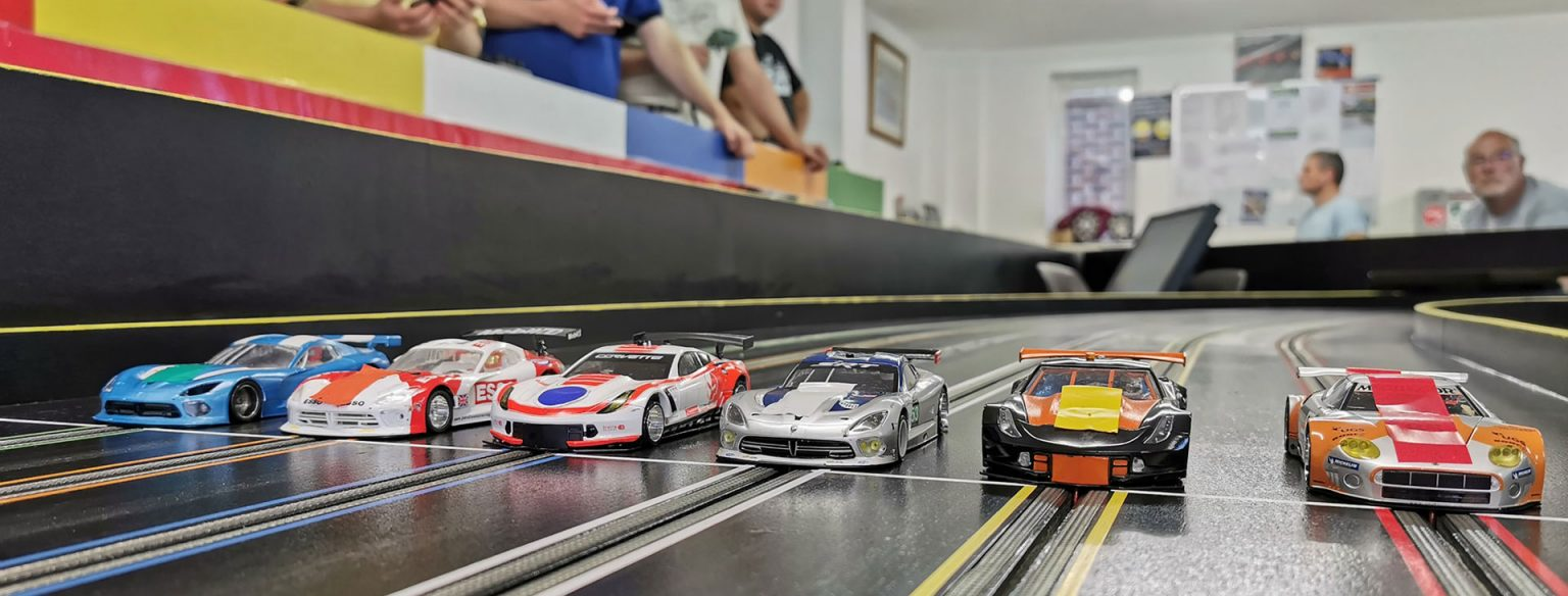 Molesey Scalextric Club cars on startline