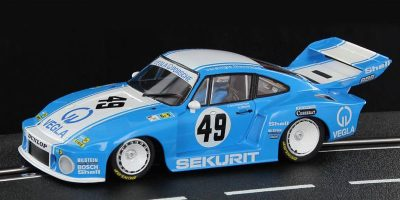 Sideways SW38 Porsche 935 77A slot car